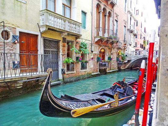 Itália - Veneza - Gôndolas e canais