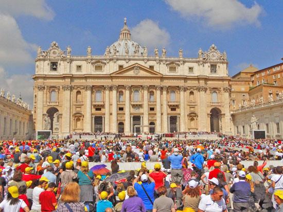 Vaticano - Audiência Papal na praça de São Pedro