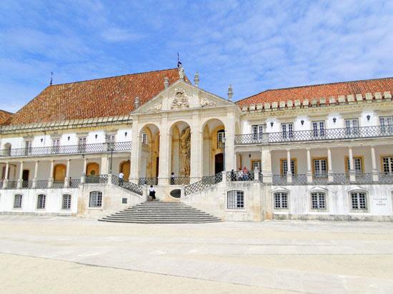 Portugal - Coimbra - A famosa faculdade de Coimbra